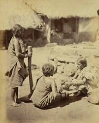 Kota women, making pots